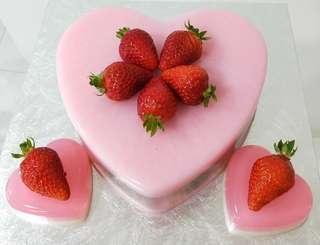 "8"" Heart Shape Strawberry Jelly Agar Agar Cake"