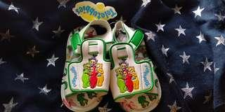 Squeak baby shoes