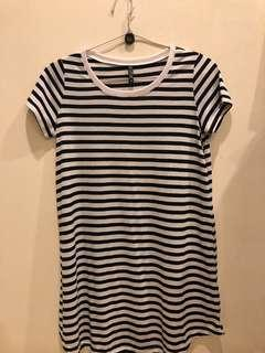 Dress in stripes