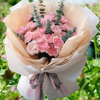 Pink Carnation Mix With Pink Roses Hand Bouquet