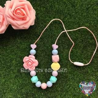 Teething Necklace / Beads Necklace / Mummy Necklace