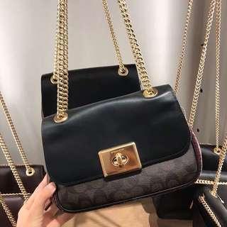 🚚 SALE COACH WOMENS SLING BAG F48620