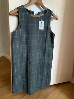 AWE grid work dress in grey (M)