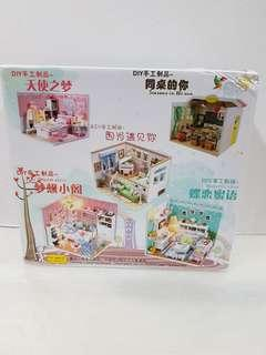 Diy mini doll house