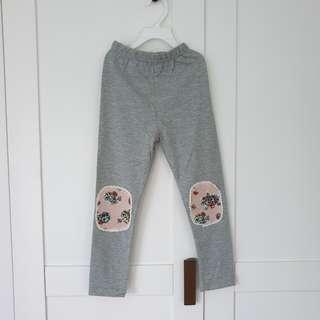 🚚 [Size 120 For Age 5-6 / Older] Girls' / Kids' / Children's Light Grey Colour Cotton Leggings Tights