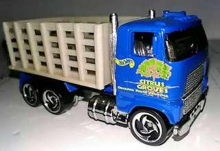1/64 diecast HTF classic Orchard Truck(rare)Loose.