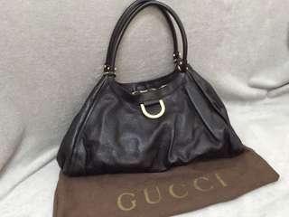 🚚 二手 專櫃正品Gucci 全皮壓紋包 附防塵袋