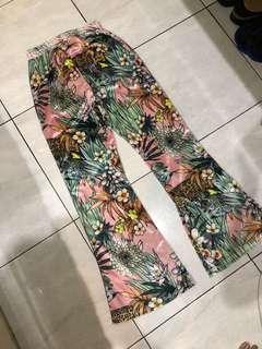 Pants flowers
