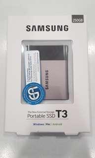 Samsung T3 Portable SSD 250GB