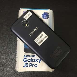 Samsung J5 Pro 3/32 Black ex Sein fullset bisa Tt