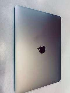 Macbook pro 2017 13 inch