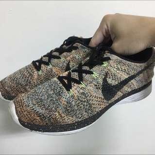 🚚 Nike flyknit 25.5cm