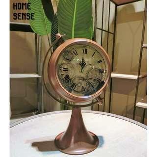 BROWN / VINTAGE CLOCK