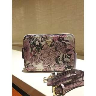 Guess Women's Crossbody Bag With Flower Print VY695912 - Violet