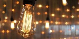 🚚 Edison bulbs