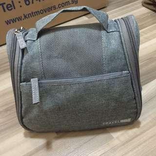 🚚 Grey toiletries travel bag pouch hanging shampoo holder