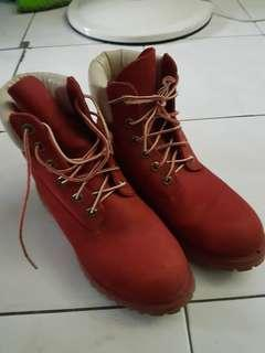 Authentic Timberland boots for women