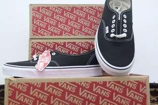 Vans Authentic Black White Size 11/44