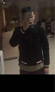 🚚 香港潮牌 5cm 原價三千多 二手 s號偏小 短版 不適合太高的人穿 便宜賣 棒球外套 夾克