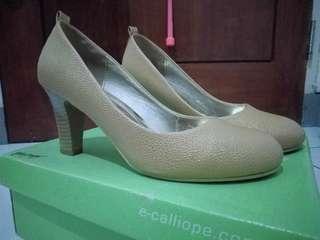 (PRELOVED) CALLIOPE Luxury Beige Pump Heels