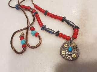 🚚 rare goros vintage necklace