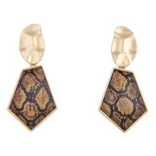 🚚 Brand new Lovisa Gold Molten Top Snake Earring