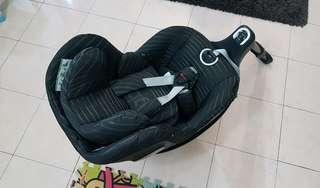 gb VAYA i size PLUS Baby Car Seat