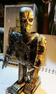 """90年代鐵皮玩具Terminator 高度22 cm連原裝盒,保存至今"""" 合玩具收藏迷收藏。"""