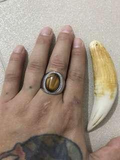 🚚 Tiger eye ring