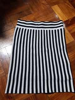 Black & white bandage skirt