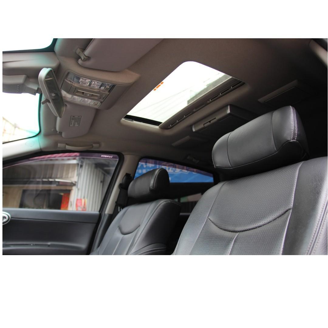 2012 納智捷 SUV7 黑