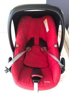 Maxi Cosi Pebble - Red