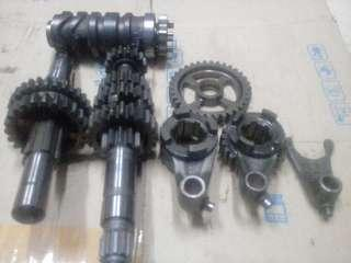 y15/lc135 5speed Gearbox