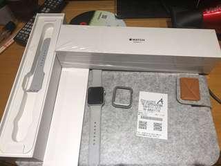 🚚 Apple Watch 3.  42mm