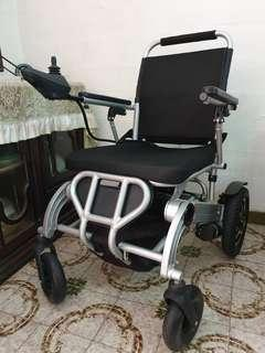 Wheelchair FOLDABLE POWERCHAIR 20-AH