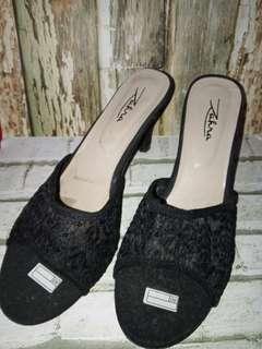 ##ramadansale  High heels brukat hitam