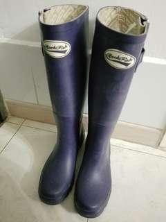 Rockfish 深紫色水鞋 37碼
