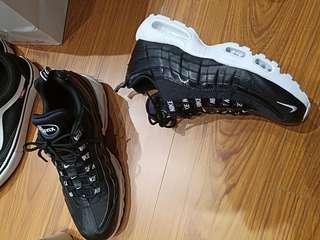 Nike air max95 有鞋盒 有購買證明