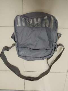 Sling bag HEAD