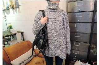 Turtle neck navy & beige sweater jumper