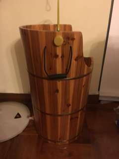 足浴發熱木桶