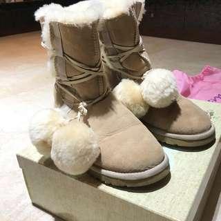 🚚 Amai 毛球雪靴
