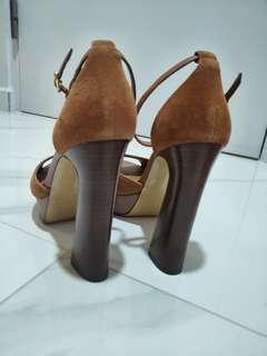 🚚 Brown suede wooden heels