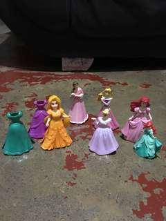 figure disney doll