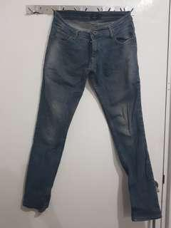 Celana Jeans / Jins Light (Nevada)