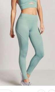 Forever 21 Mint Leggings 7/8, Size XS