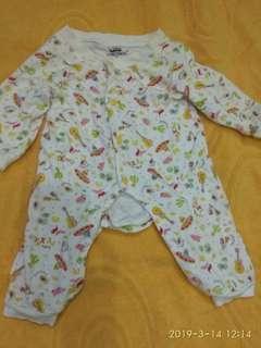 Sleepsuit / Jumpsuit khusus Bayi umur 3-6 bulan merk Tokusen
