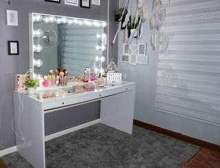 High Quality Frameless Vanity Mirror with Touch screen