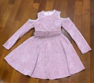 Off the shoulder velvet pink dress