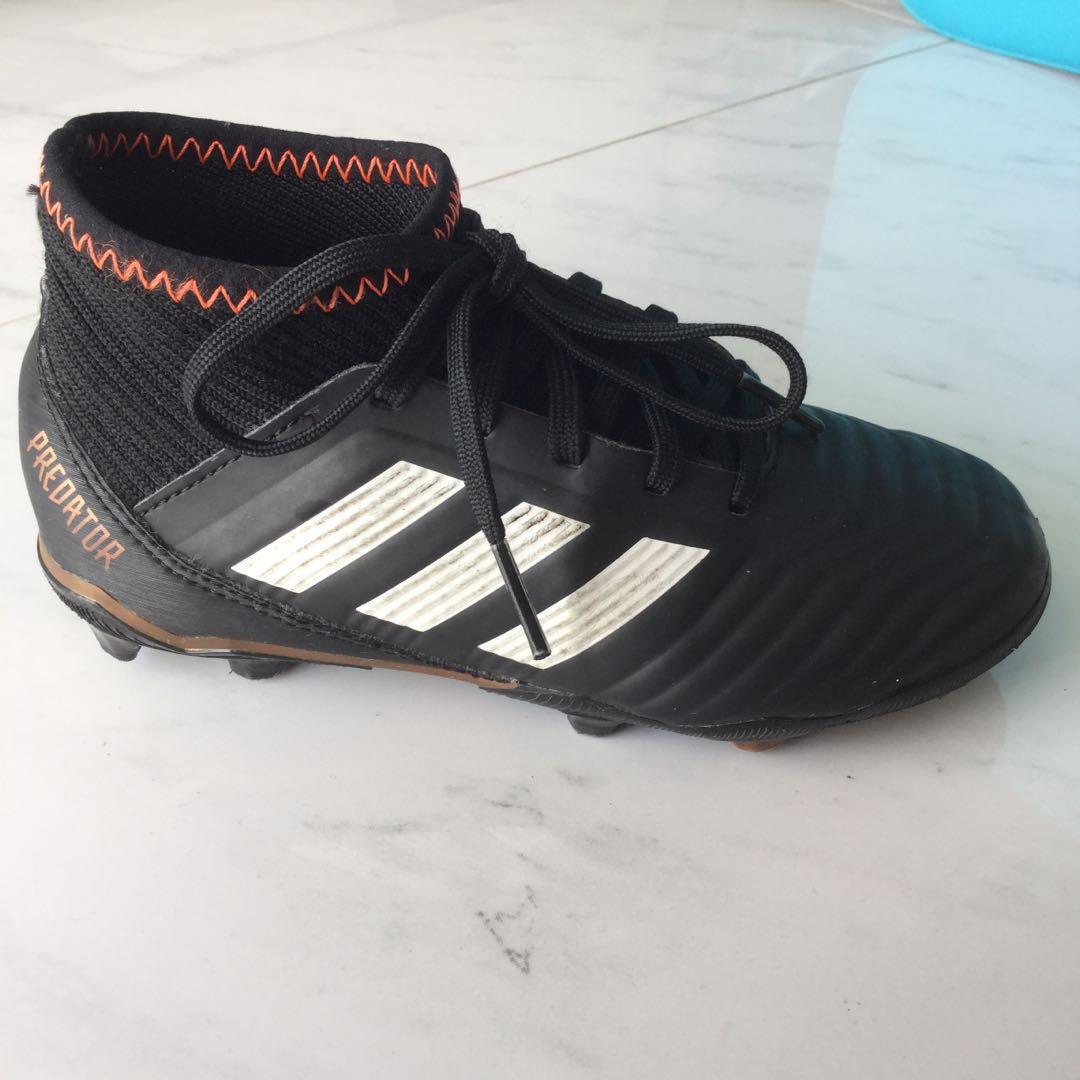 410f9430e176 Adidas Predator Soccer Shoes kids football Euro size 29